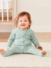 LS-Layer_0.2TOG_Sage_Infant_Sitting_web